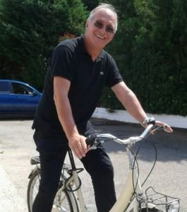 Don Pietro in bicicletta